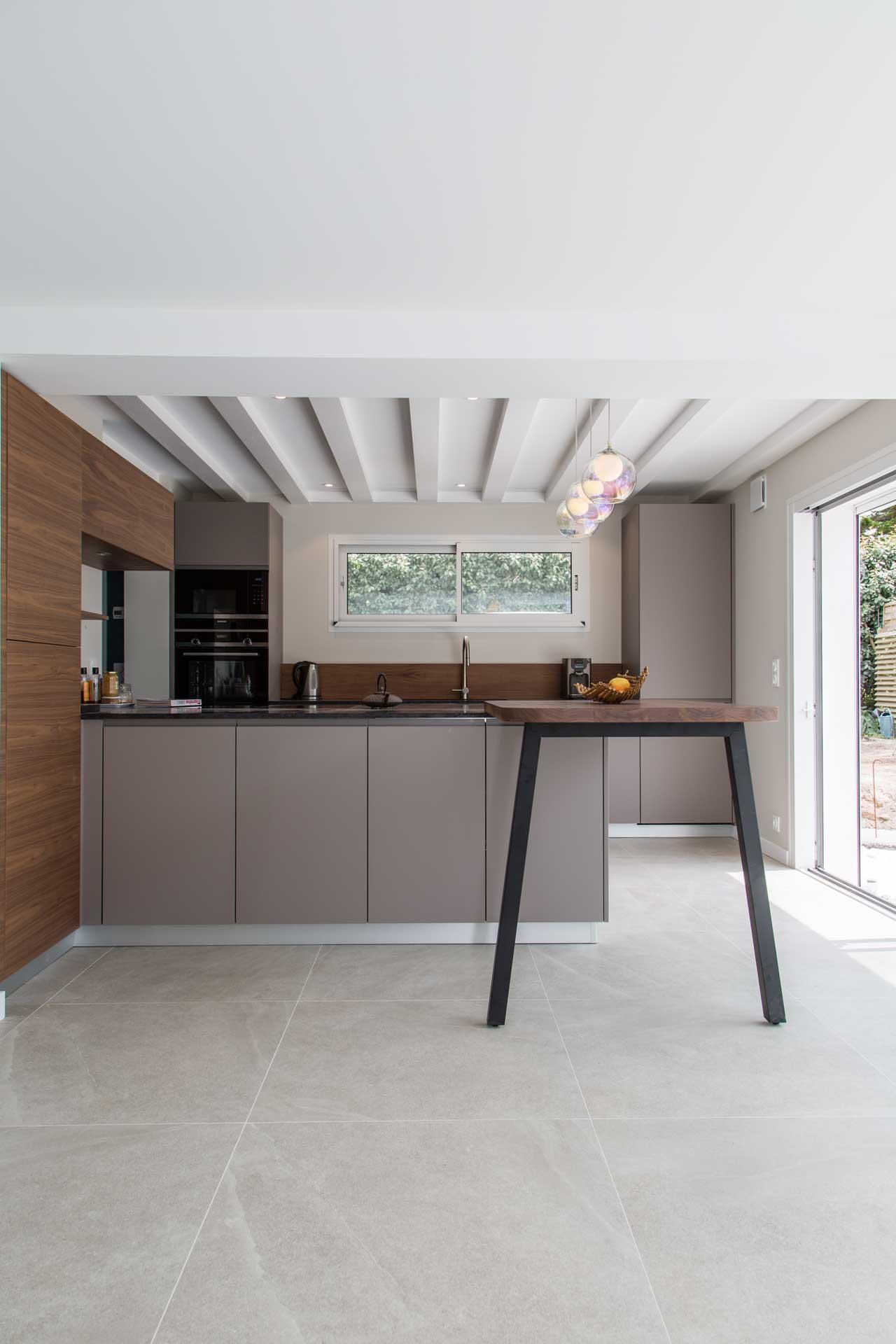 Cuisine-sur-mesure-Lérat-La-Turballe-réalisation-Intramuros-Home (2)